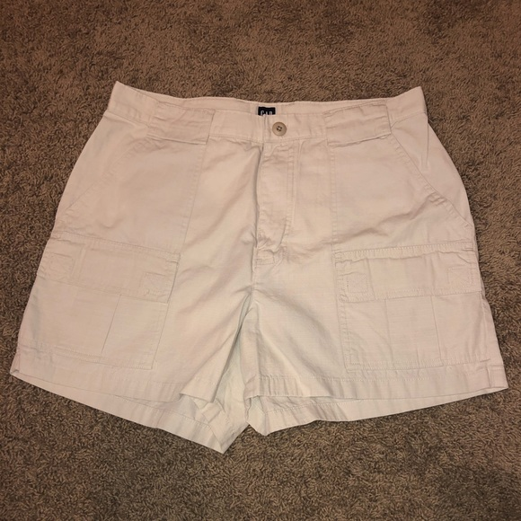 GAP Pants - Gap size 10 khaki shorts